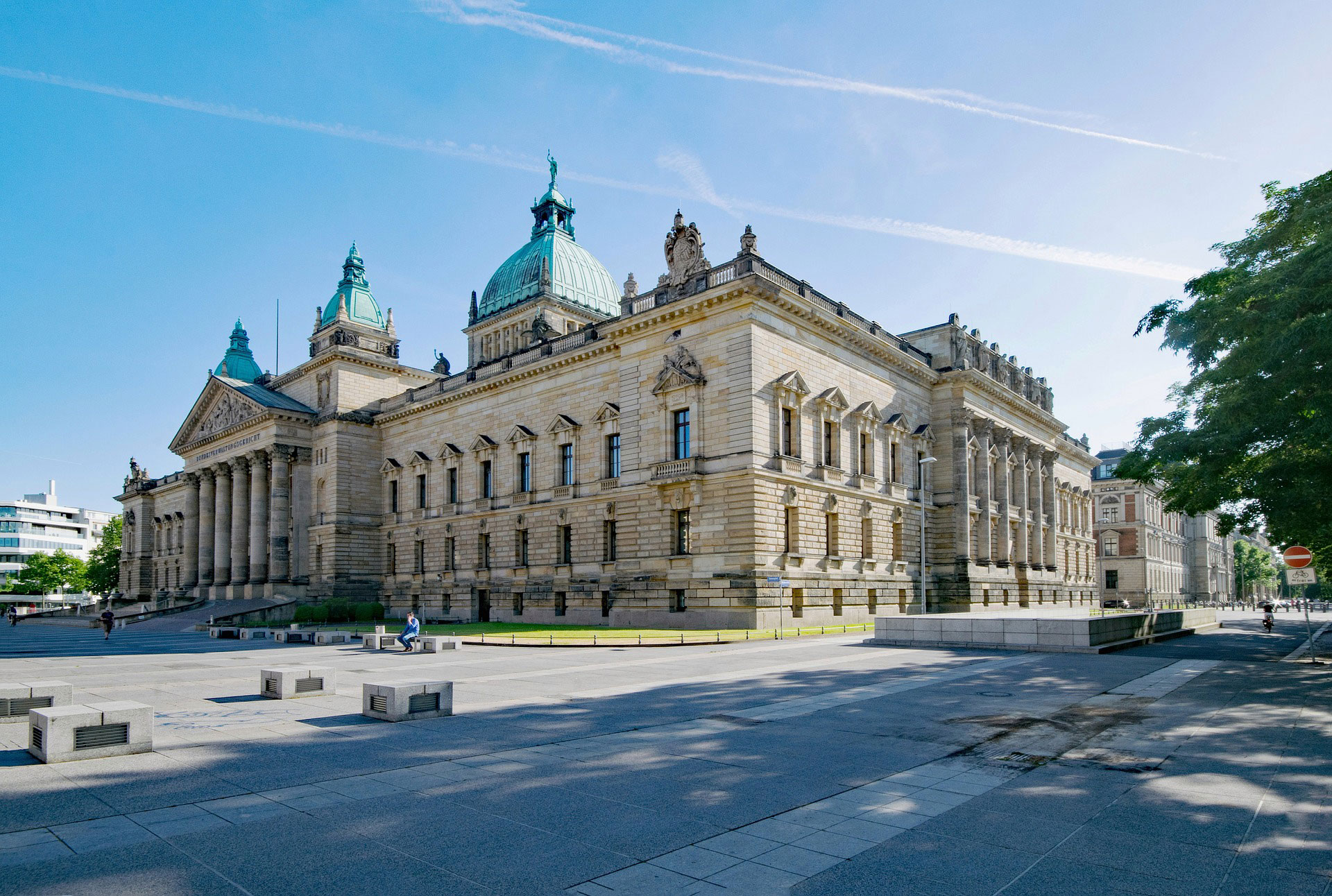 Das Bundesverwaltungsgericht ist eine von vielen imposanten Bauten der Messestadt