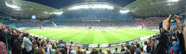Die Red Bull Arena bei einem Spiel von RB Leipzig